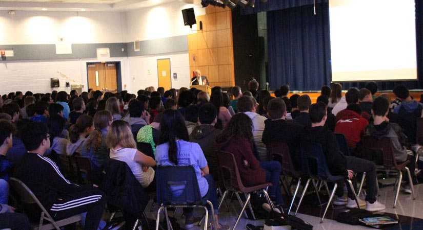 Mr. Erwin Ganz talks to students about the holocaust.